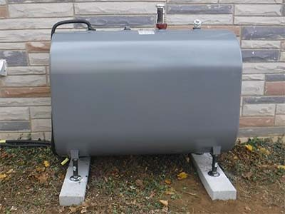 Above ground oil tank